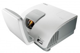 Vivitek D7180HD projector